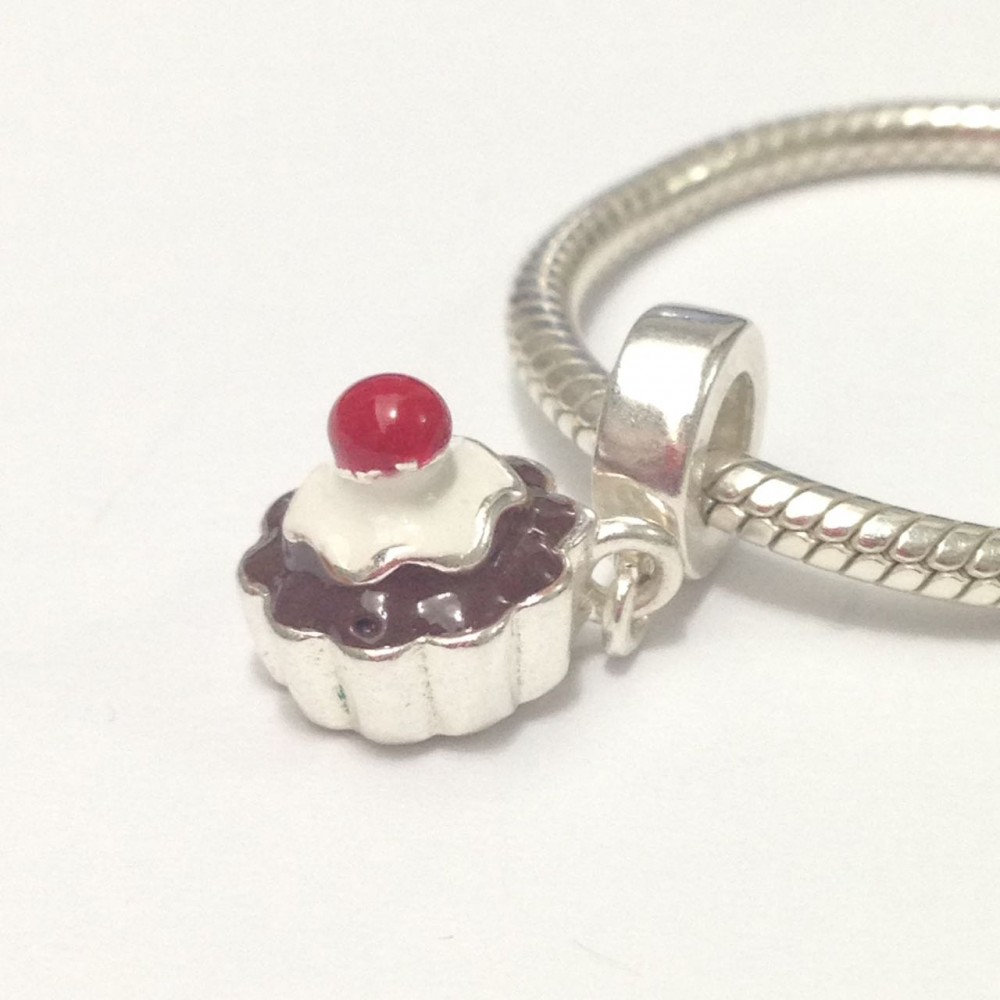 PG-105 Pingente Cupcake  Prata e esmalte