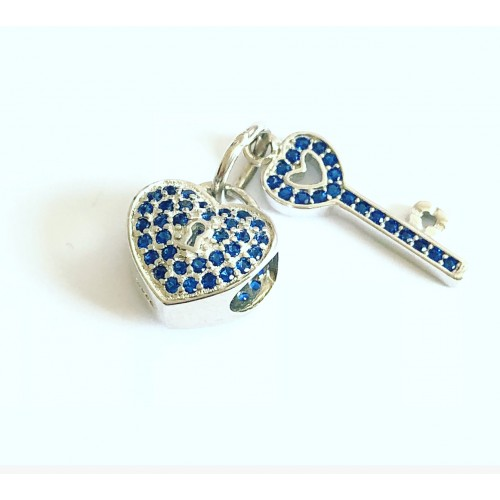 Berloque Coração e Chaves em Prata 925 e Zirconias Azuis