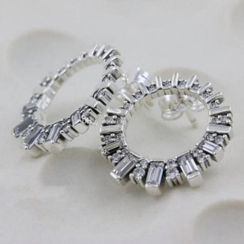 Brincos em Prata 925 Delicadeza com Zirconias Brancas