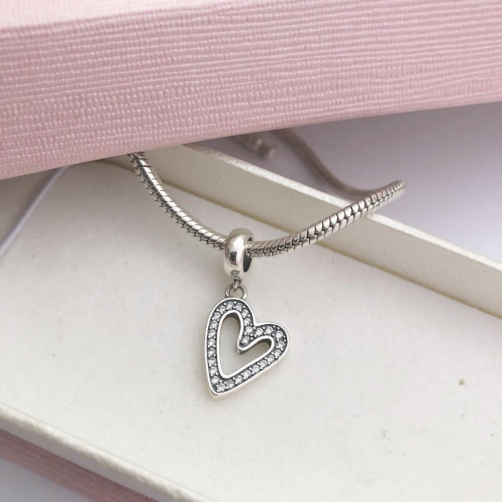 Pingente Coração Brilhante Prata 925 7 zirconias