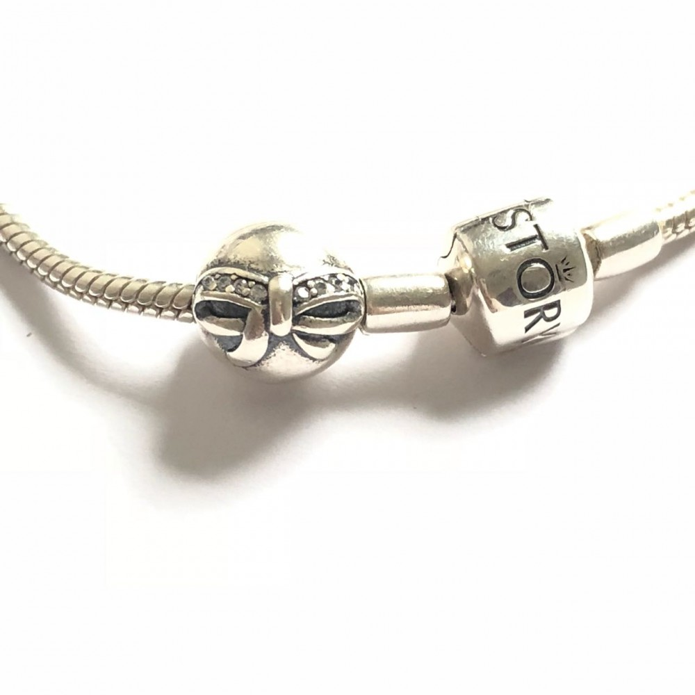 TR-28 Trava laço In Love em Prata 925 Zirconias Brancas