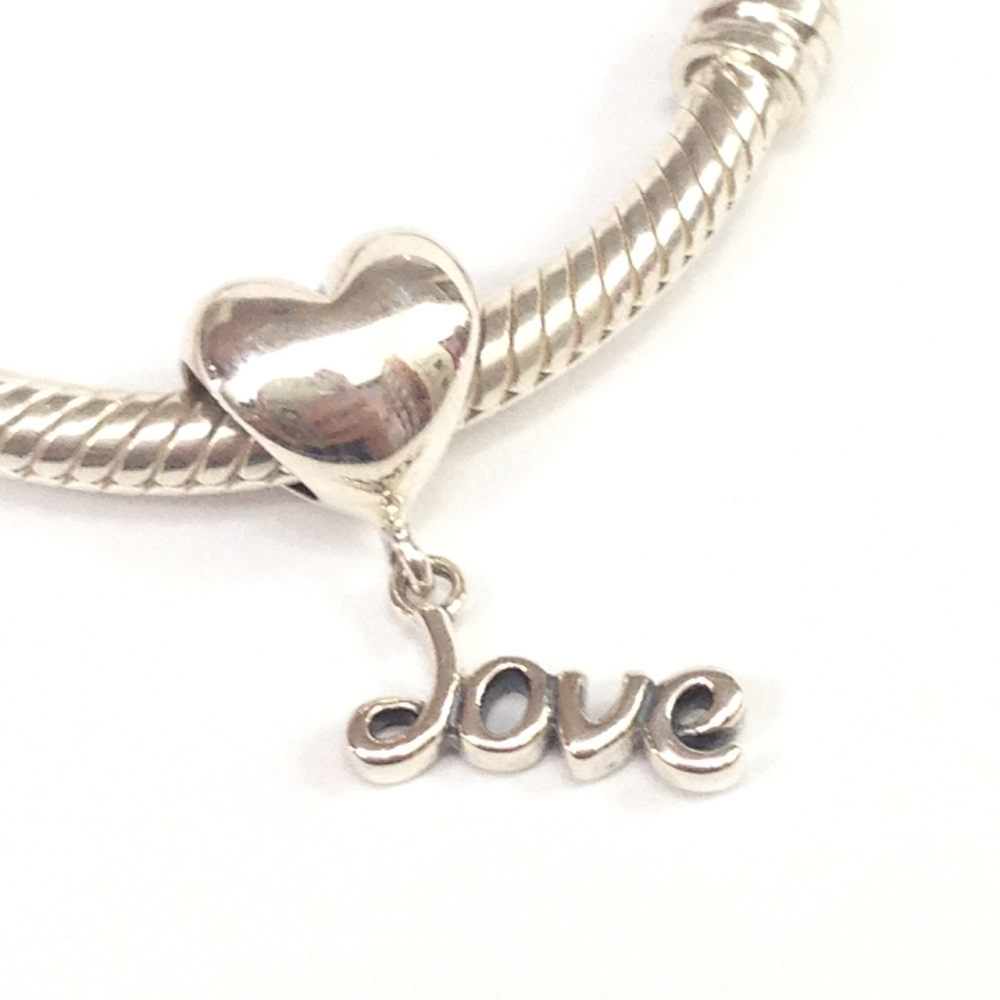 PG-219 Pingente Love em Prata