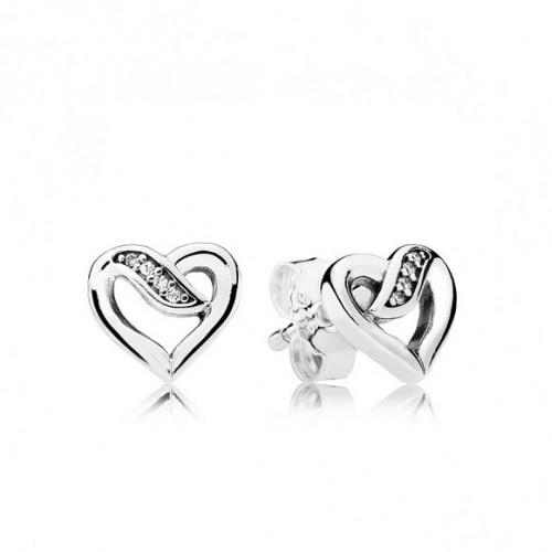 Br-19 Brincos Coração em Prata e Zirconias
